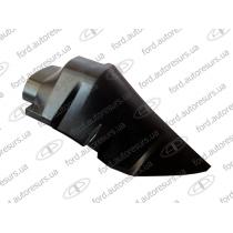 Ford Transit 2006  Арка-защита переднего крыла (экран от влаги)  (RH) FORD   1371872