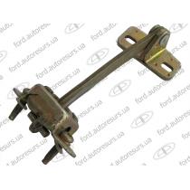 Фиксатор-ограничитель передней двери (LH) 86-00  STANDART